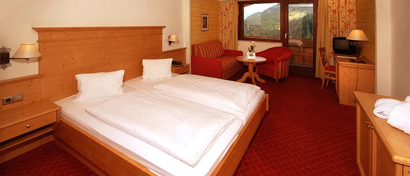 Alpine Resort, Zell am See, Austria - Comfort bedroom.jpg